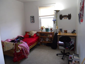 l bedroom front right